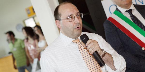Инженер Matteo Volpe, Генеральный Директор, в течение вступительной речи Дня открытых дверей IGV